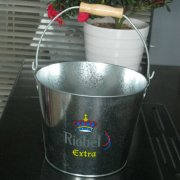 Metal Pails Suppliers